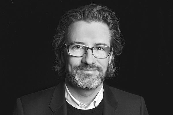 Olafur Eliasson headshot_web